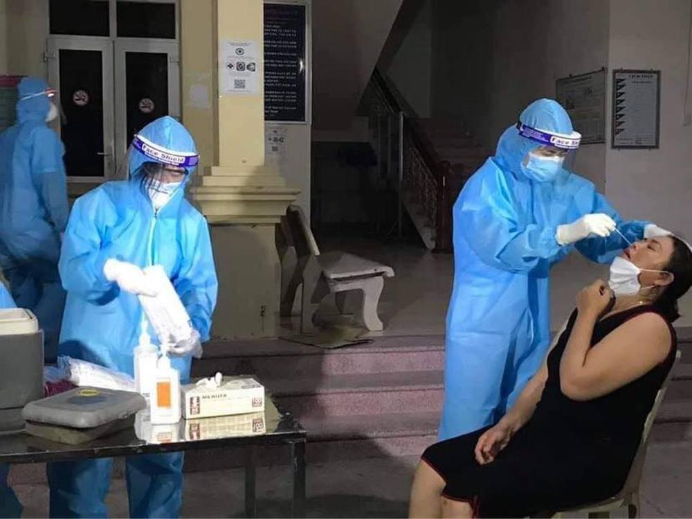 Nghệ An liên tục ra thông báo khẩn về hàng loạt địa điểm nơi bệnh nhân Covid-19 từng đến - Ảnh 3.