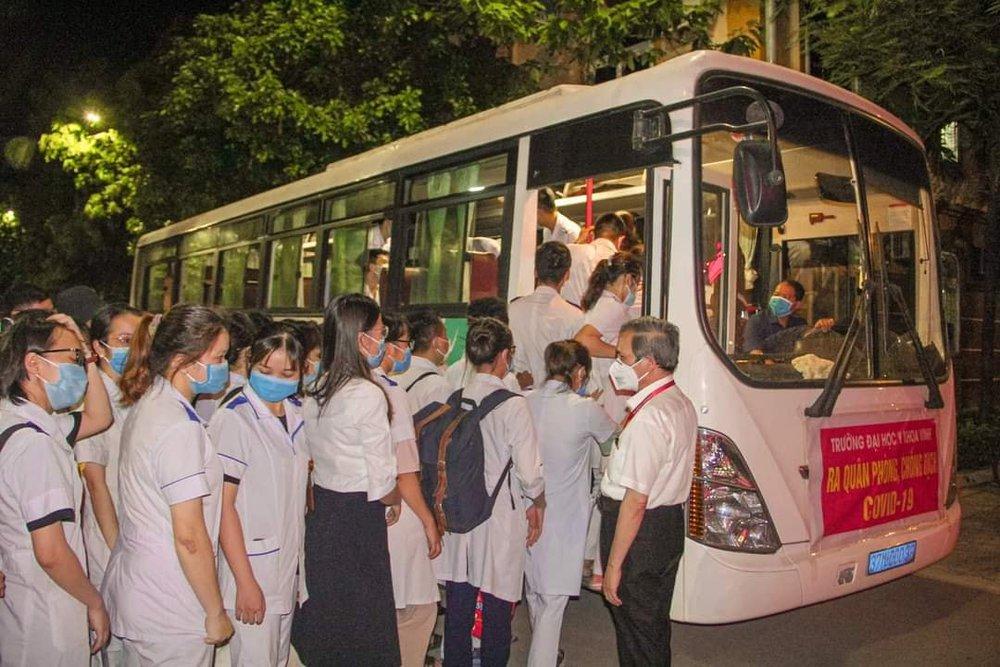 Cán bộ công an xã ở Nghệ An mắc Covid-19, tiếp xúc với hơn 6000 người - Ảnh 3.