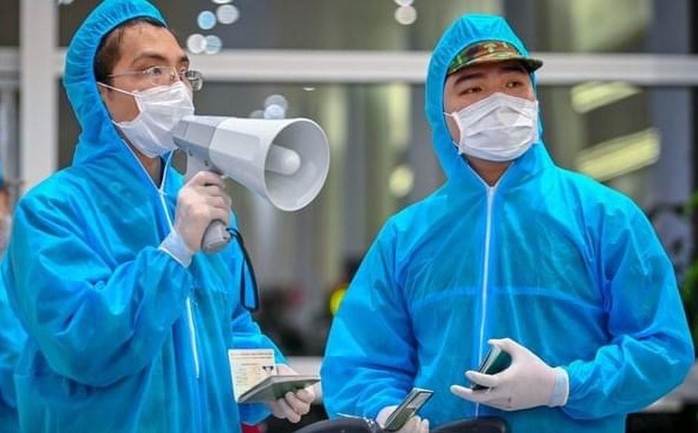 KHẨN: Hà Nội tìm người đi trên chuyến bay Bamboo Airways từ TPHCM về liên quan ca mắc Covid-19