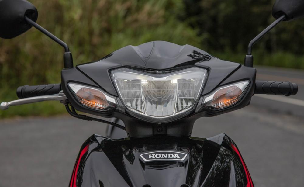 Mẫu xe máy Thái đi 100km hết 1,3 lít xăng, giá 27 triệu đồng, chặt đẹp Honda Wave Alpha - Ảnh 3.