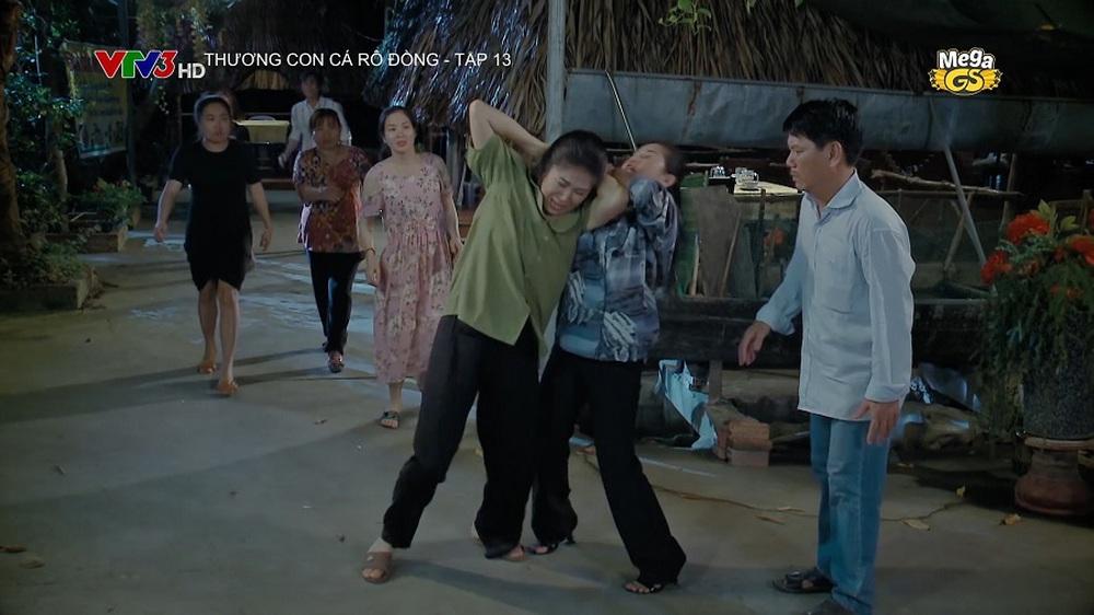 Đóng cảnh bị đánh ghen, Lê Phương: Quay xong, tôi bị tắt tiếng, đầu nhức, mắt sưng - Ảnh 2.