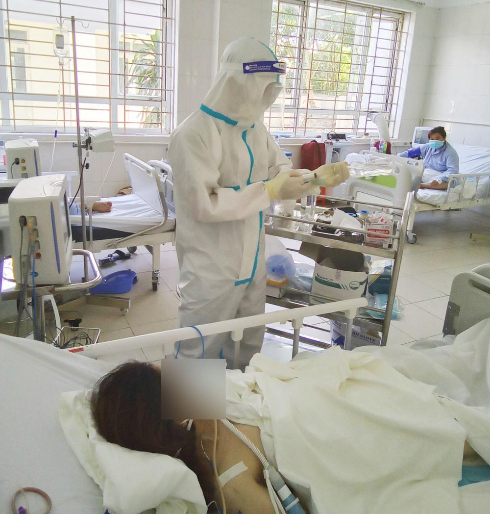 Bác sĩ đất mỏ chi viện cho tâm dịch Bắc Giang: Nhìn con chào đời qua màn hình điện thoại, tôi mừng phát khóc - Ảnh 1.
