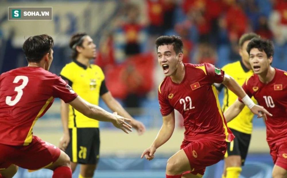"""Cựu danh thủ Malaysia: """"Giải VĐQG của chúng ta cần có cầu thủ Việt Nam"""""""