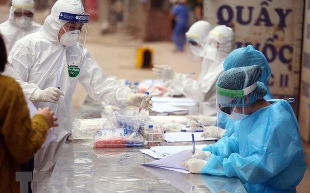 PGS.TS Lương Ngọc Khuê: Chủng Delta khiến người nhiễm chuyển từ thể nhẹ sang nặng nhanh, nhiều người trẻ chuyển nặng