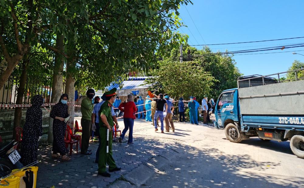Nghệ An: Một tài xế xe tải nhiễm Covid-19 từng di chuyển nhiều nơi