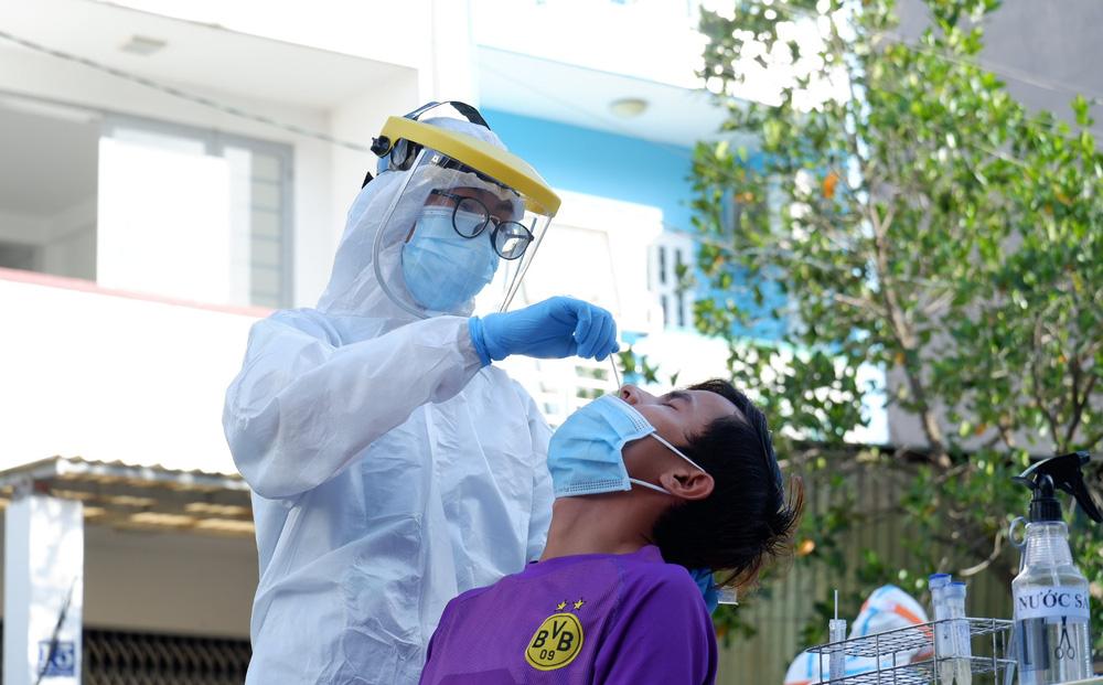 TP.HCM: Xét nghiệm Covid-19 khẩn trên diện rộng tại một phường ở quận Bình Tân