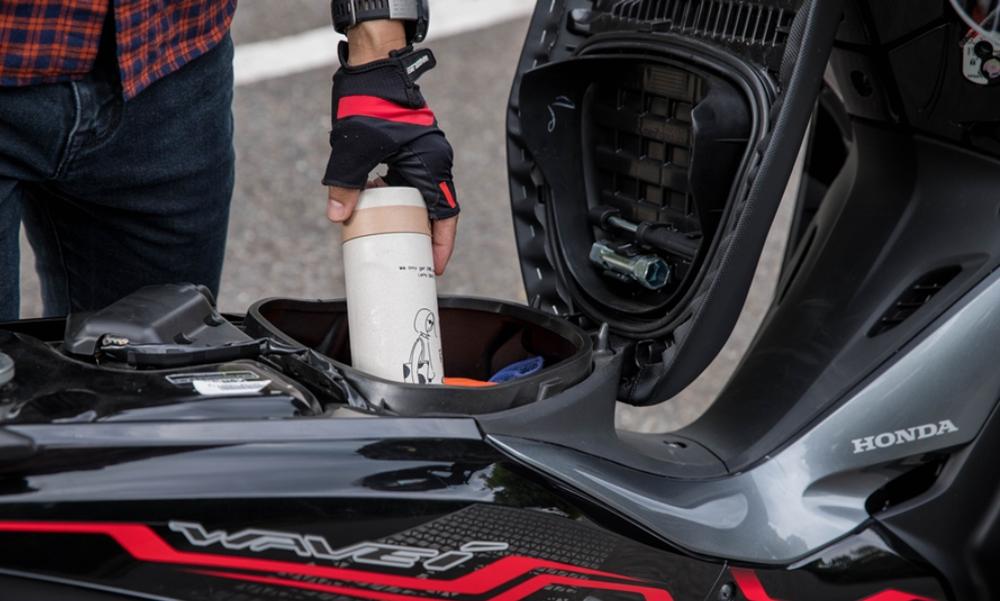 Mẫu xe máy Thái đi 100km hết 1,3 lít xăng, giá 27 triệu đồng, chặt đẹp Honda Wave Alpha - Ảnh 12.
