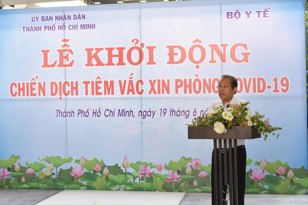 Phó Thủ tướng Trương Hòa Bình: Để ngăn chặn sự lây lan dịch bệnh  5K là cần thiết nhưng chưa đủ... - Ảnh 1.