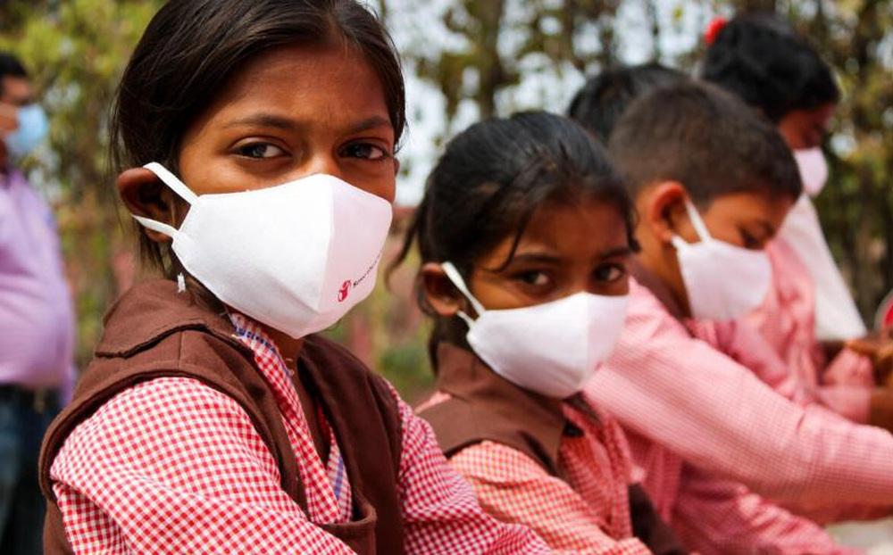 """Thảm kịch ở Ấn Độ: Hàng ngàn đứa trẻ """"bỗng nhiên"""" mồ côi hậu Covid-19"""