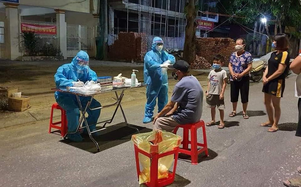 Nghệ An: Cô gái bị ho, sốt đi bệnh viện khám thì phát hiện mắc Covid-19