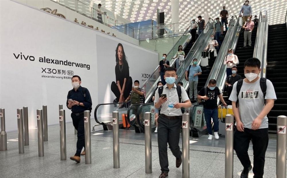 Sân bay Trung Quốchủy hơn 400 chuyến bay do 1 nhân viên nhiễm biến thể Delta