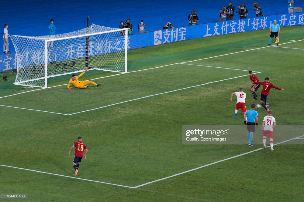 Morata vẽ ra mộng đẹp rồi hiện nguyên hình, Tây Ban Nha ôm nỗi thất vọng to lớn trước Ba Lan - Ảnh 4.