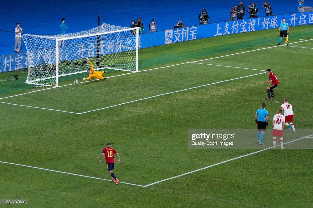 Morata vẽ ra mộng đẹp rồi hiện nguyên hình, Tây Ban Nha ôm nỗi thất vọng to lớn trước Ba Lan - Ảnh 3.