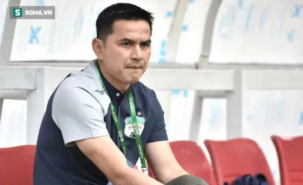 Báo Thái Lan tỏ ra đầy cay đắng khi chứng kiến fan Việt Nam bênh vực HLV Kiatisuk - Ảnh 1.