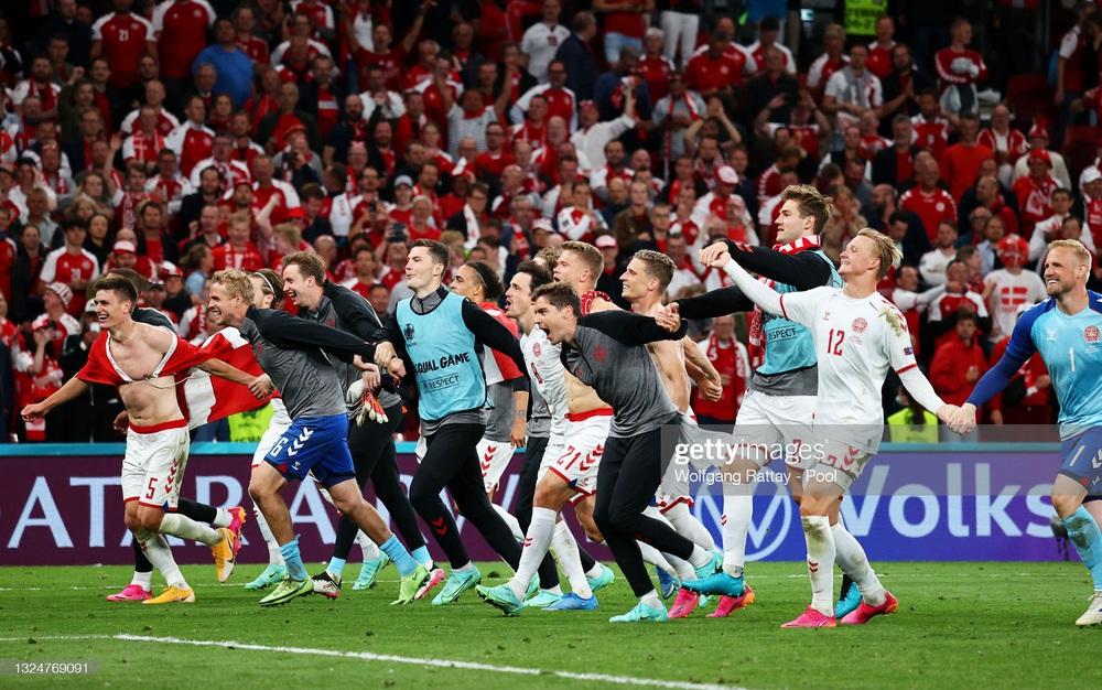 Euro 2020: Đan Mạch hồi sinh theo kịch bản không tưởng; Lukaku tuyên chiến với Ronaldo - Ảnh 3.