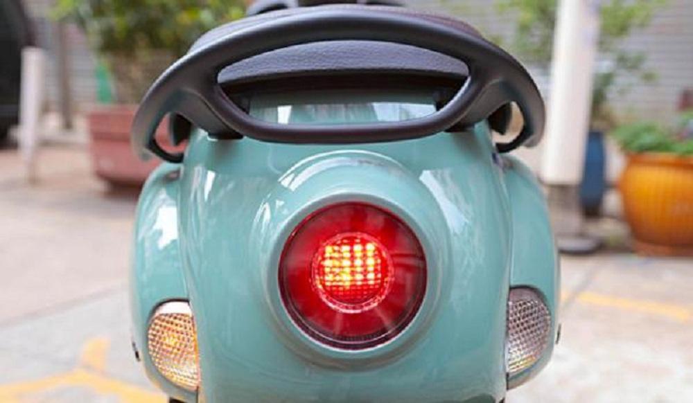 Xe máy Yamaha tiết kiệm xăng, thiết kế lạ chưa từng có, sẽ đấu Honda Vision? - Ảnh 3.