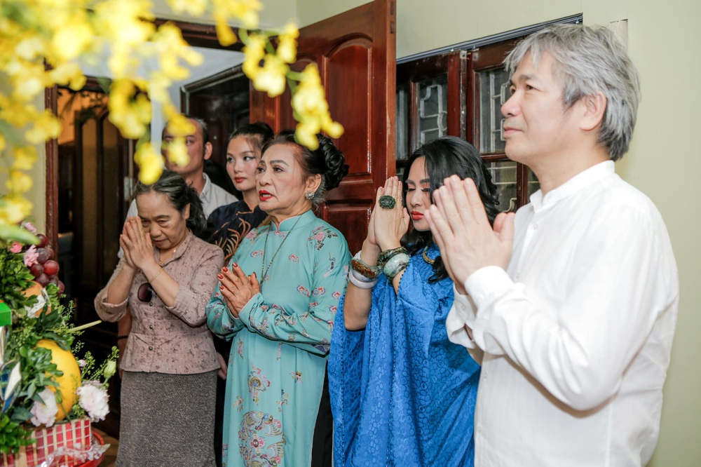 Diva Thanh Lam làm lễ dạm ngõ ở tuổi 52, bạn trai là bác sĩ nổi tiếng - Ảnh 2.