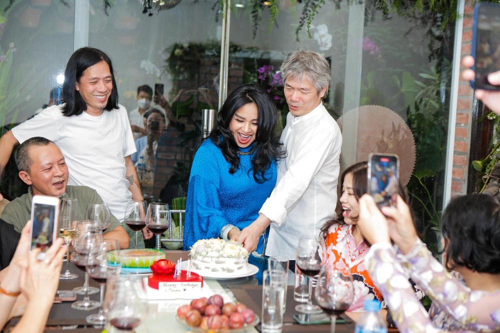 Diva Thanh Lam làm lễ dạm ngõ ở tuổi 52, bạn trai là bác sĩ nổi tiếng - Ảnh 6.