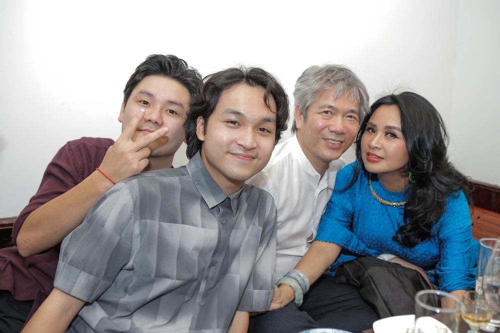 Diva Thanh Lam làm lễ dạm ngõ ở tuổi 52, bạn trai là bác sĩ nổi tiếng - Ảnh 8.