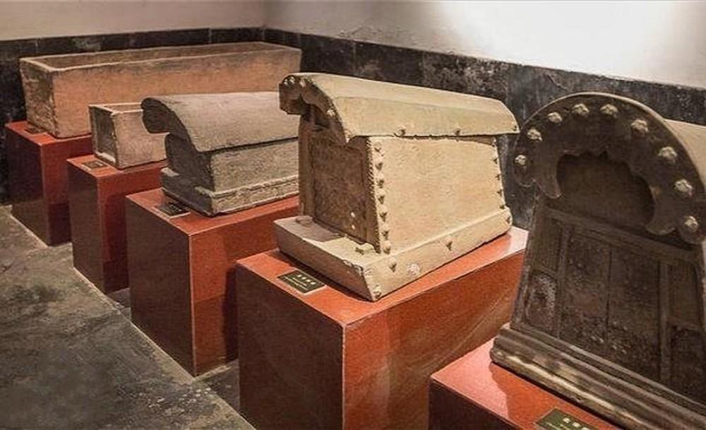 Phát hiện độc nhất ở kinh đô mộ cổ Trung Quốc: Đoàn khảo cổ rơi nước mắt! - Ảnh 1.
