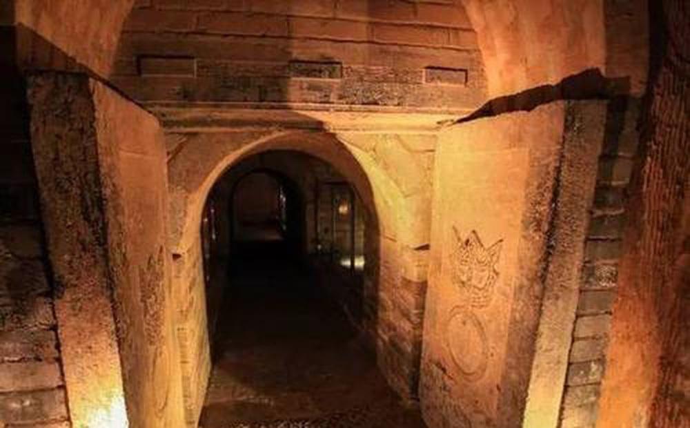 Phát hiện độc nhất ở 'kinh đô mộ cổ' Trung Quốc: Đoàn khảo cổ rơi nước mắt!