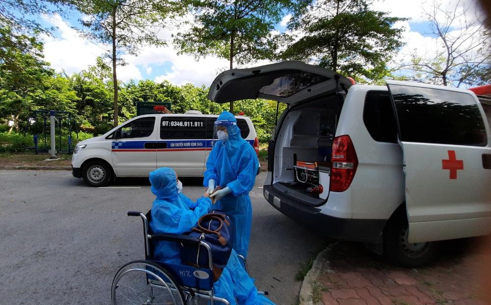 Công nhân 36 tuổi mắc COVID-19: Chiến thắng tử thần, được về nhà sau 39 ngày thở máy, lọc máu
