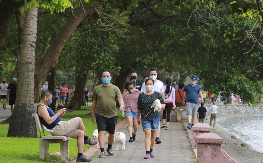 Người dân Hà Nội có được hoạt động thể dục, thể thao đông người ngoài trời không?