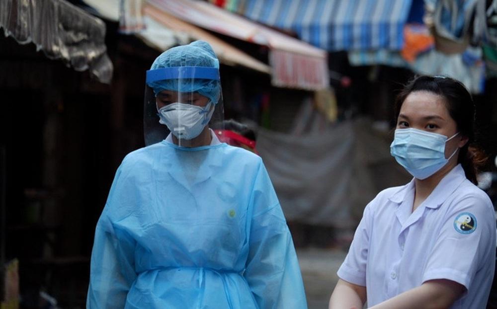 Một chiến sĩ chữa cháy dương tính lần 1 với SARS-CoV-2, lấy mẫu xét nghiệm gần 1.000 người