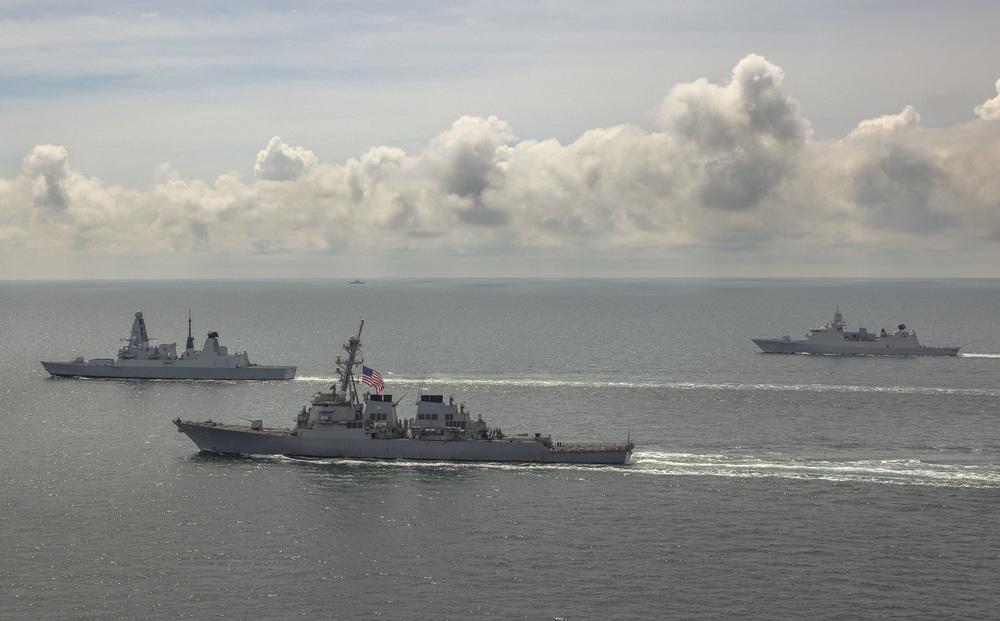2 tàu chiến NATO rời cảng trong đêm, lao thẳng tới căn cứ Nga ở Crimea: Mỹ phát hiện điều bất thường