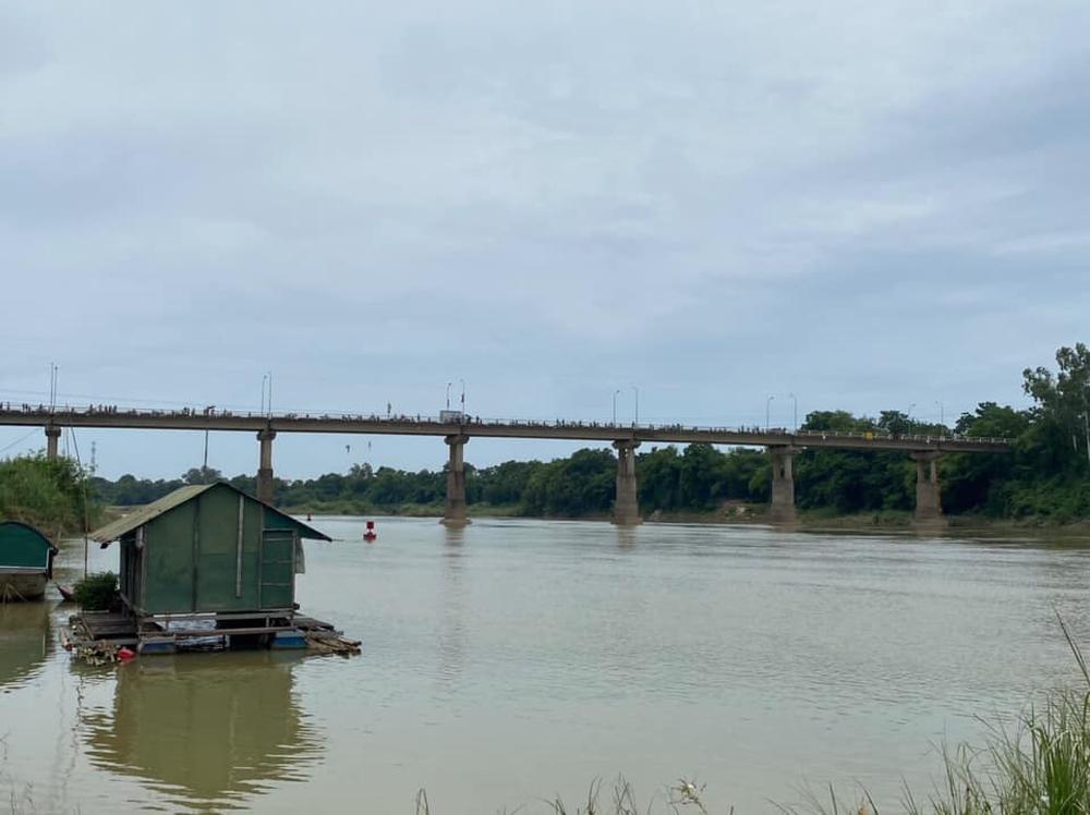 Người phụ nữ đi lên cầu rồi mất tích, nghi tự tử vì uẩn khúc chuyện gia đình - Ảnh 1.