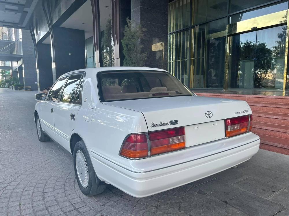 Xe chủ tịch Toyota Crown đi chán 20 năm vẫn quảng cáo mới nhất Việt Nam, giá bán cực sốc - Ảnh 4.