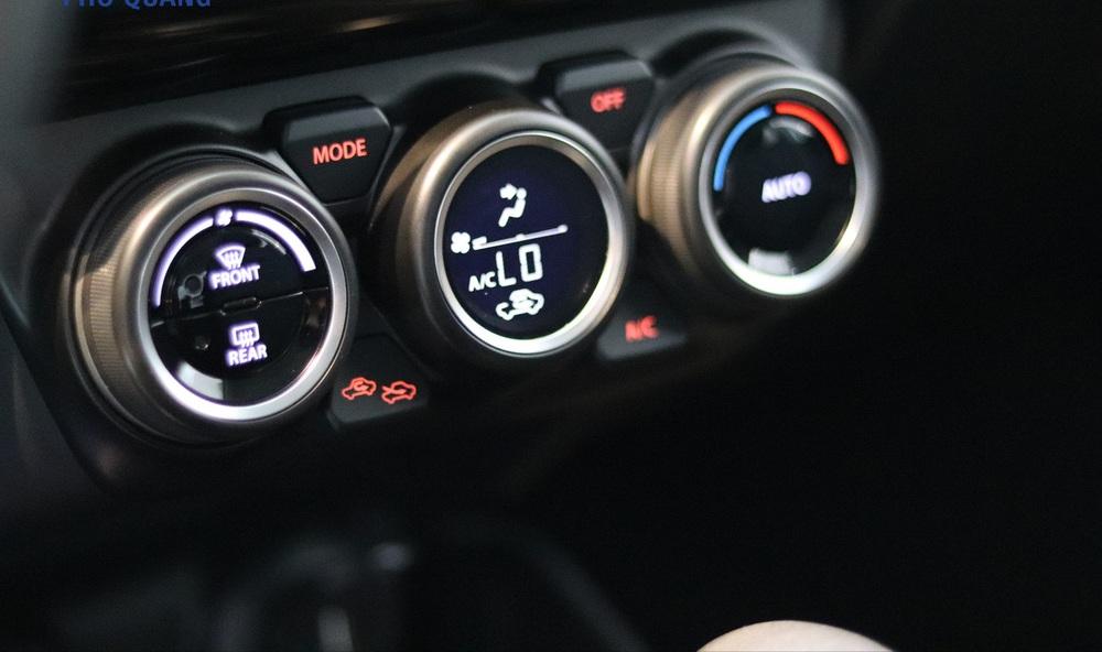 Địch thủ Toyota Yaris cập bến, mức tiêu hao nhiên liệu đường trường chỉ 4,4 lít/100km - Ảnh 4.