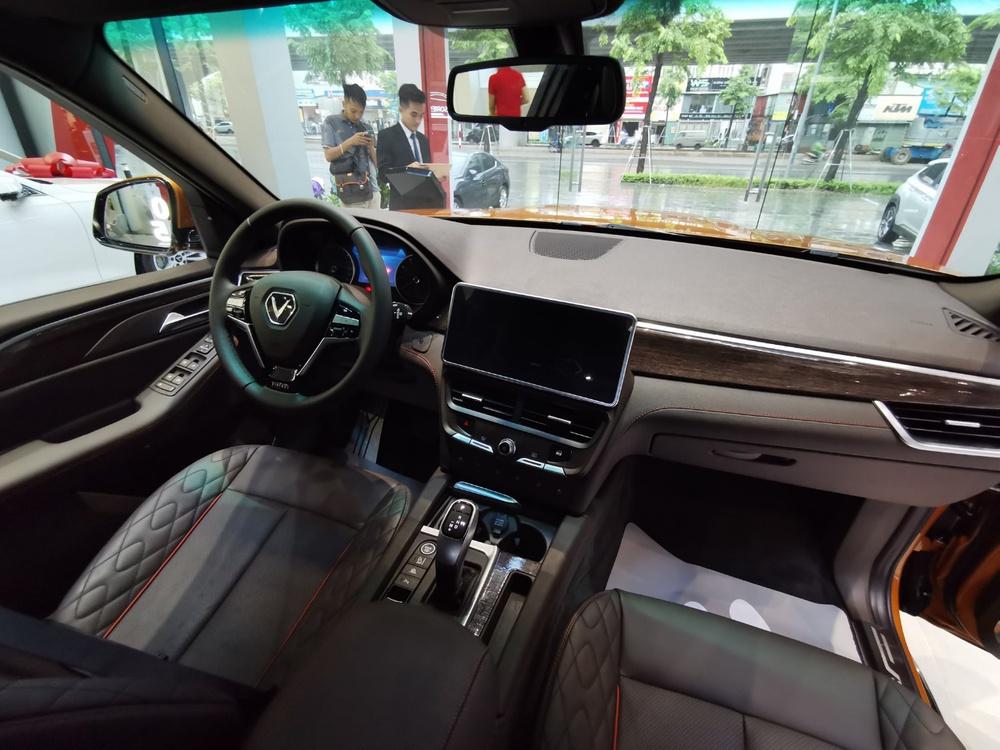 VinFast President phối chi tiết mạ vàng: Đại gia này cũng từng mua liền 5 chiếc VinFast Lux - Ảnh 4.