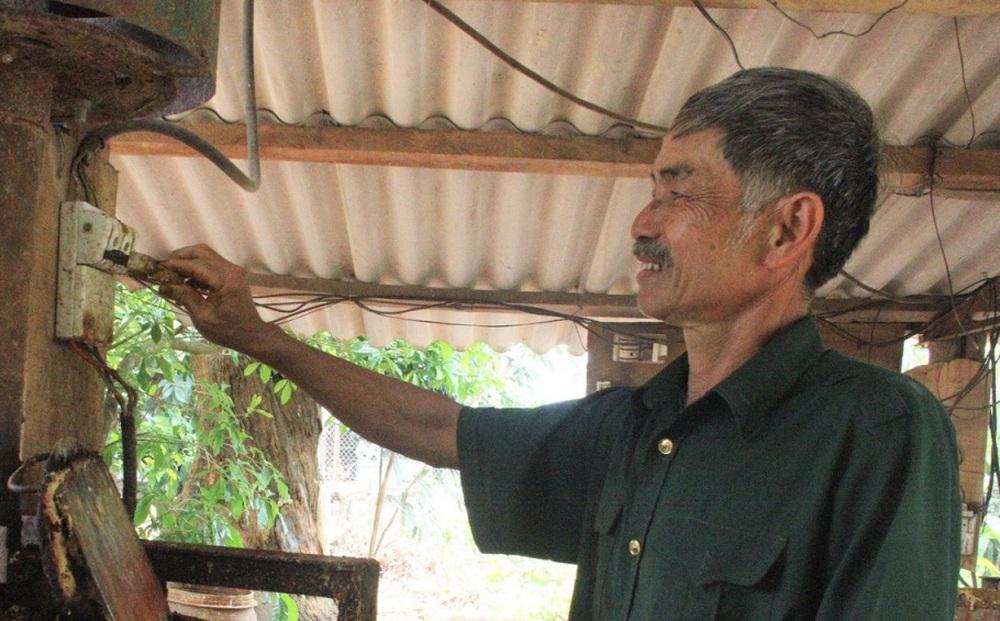 """Vợ chồng lão nông dùng 100 triệu đồng tiền """"dưỡng già"""" ủng hộ Quỹ chống dịch"""