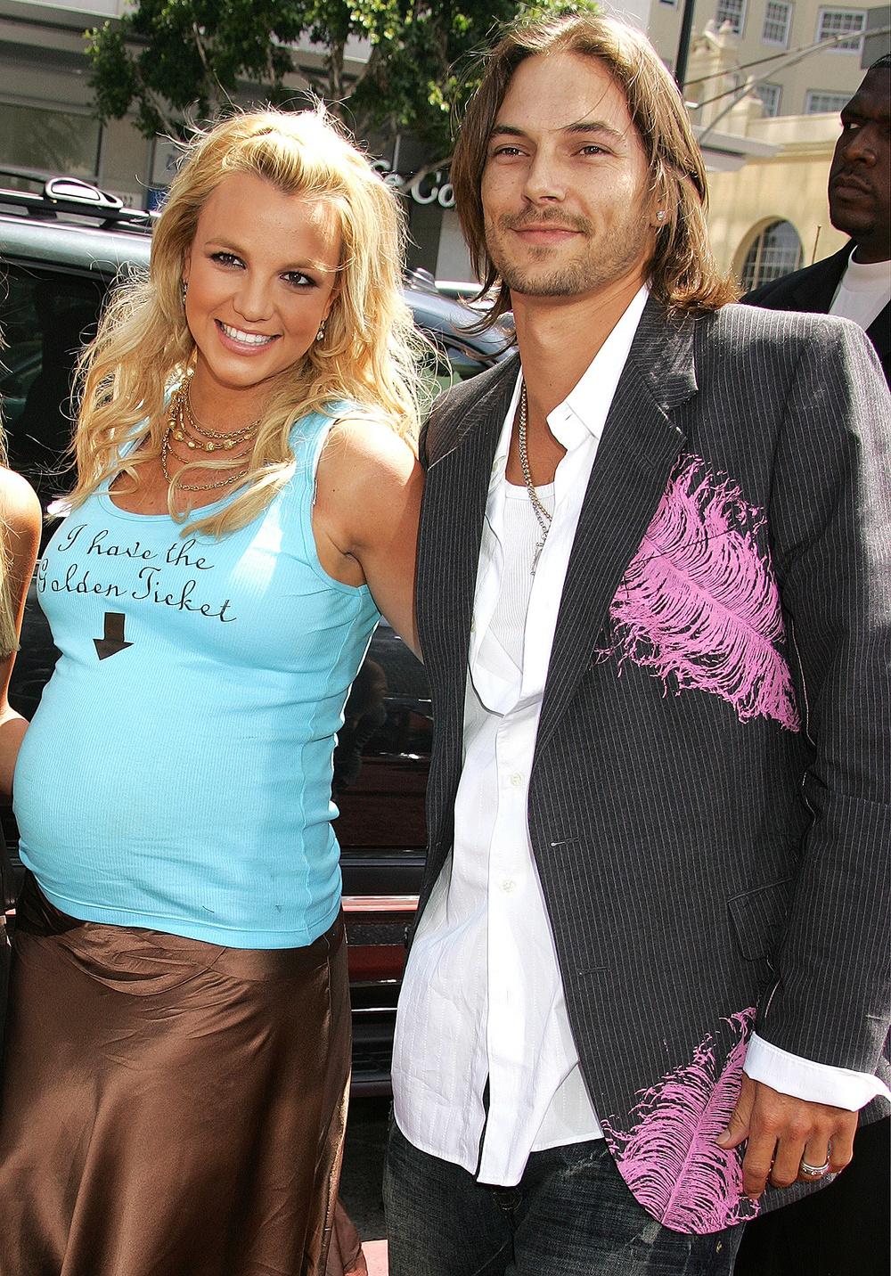 Britney Spears: Công chúa khổ sở, bị kiểm soát như nô lệ và lời kêu cứu khiến cả thế giới bàng hoàng - Ảnh 4.