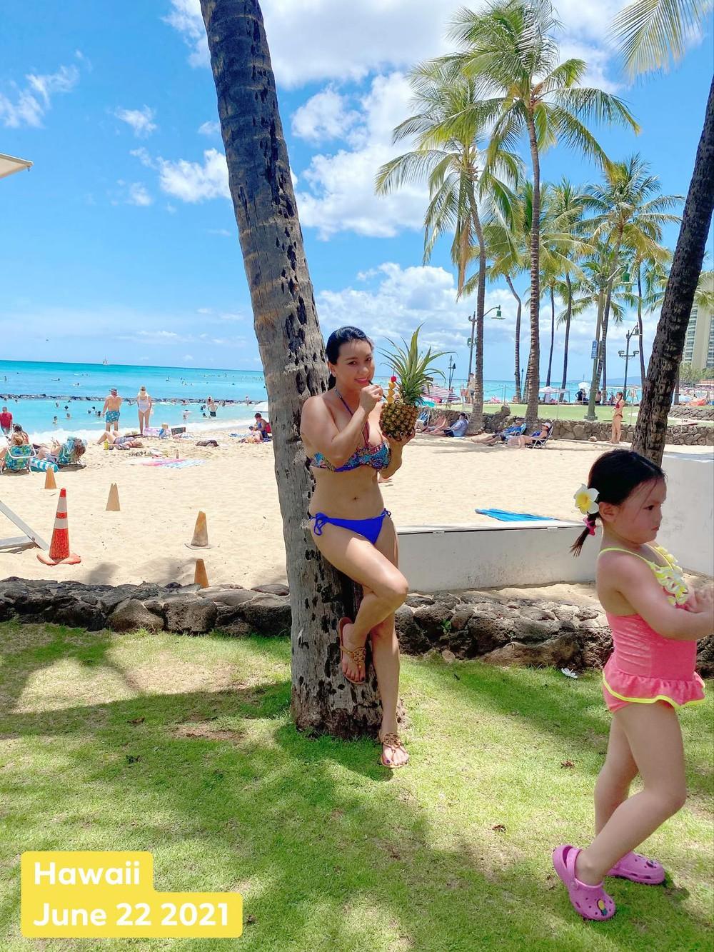 Nữ hoàng ảnh lịch Y Phụng tự tin đăng ảnh bikini ở độ tuổi 42 - Ảnh 6.