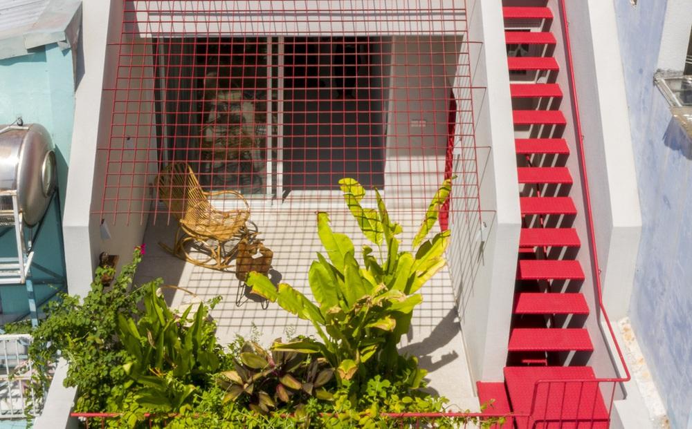 Tp.HCM: Ngôi nhà 40 năm tuổi tồi tàn, chắp vá đẹp lạ sau khi được cải tạo