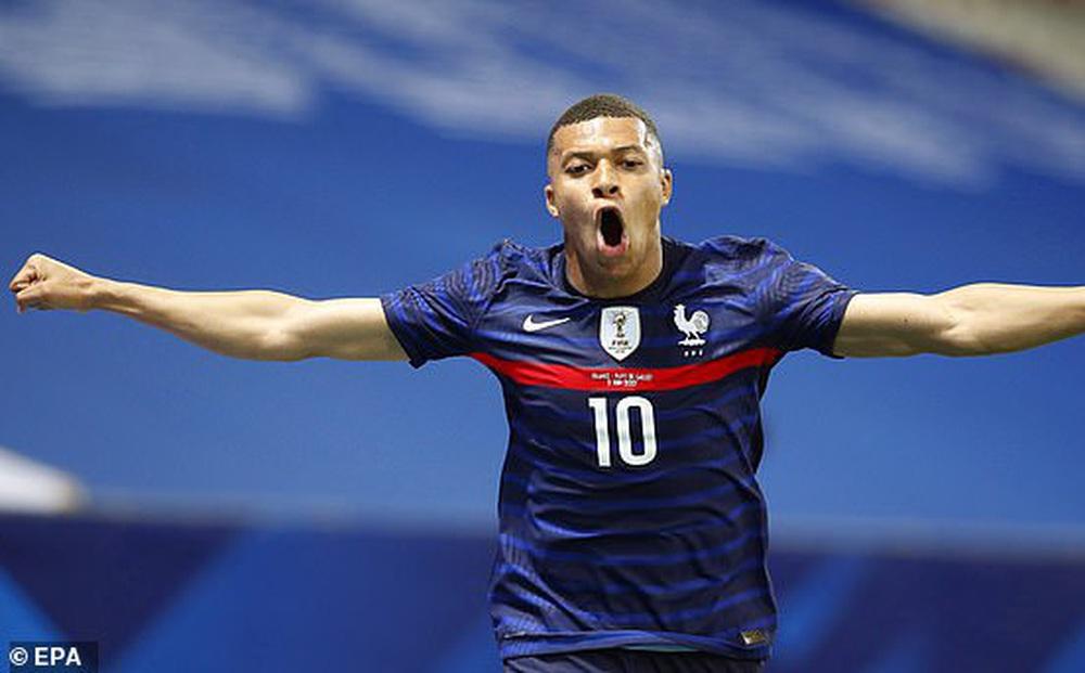 Pháp 3-0 xứ Wales: Dễ không tưởng