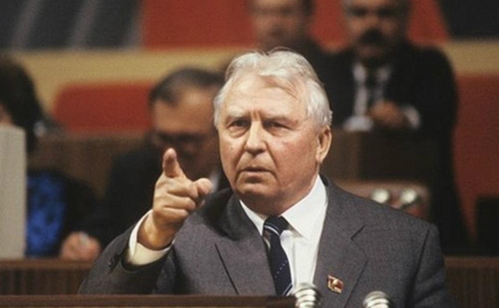 Nguyên ủy viên Bộ Chính trị Liên Xô Ligachev: Tôi đã muốn tìm người cứu đất nước!