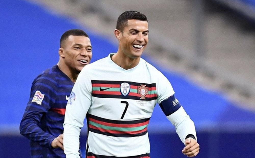 Chuyển nhượng 3/6: Ronaldo, Mbappe và Icardi hoán đổi vị trí cho nhau