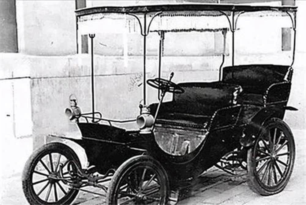 Muốn đổi 10 chiếc xe để lấy 1 chiếc ô tô cũ, quản lý cấp cao của hãng Mercedes bị cự tuyệt thẳng thừng - Ảnh 4.