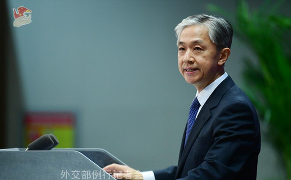 """Thị trưởng Hungary đòi đổi tên đường quanh cơ sở của TQ thành """"Hồng Kông tự do"""", """"tử sĩ Duy Ngô Nhĩ"""""""