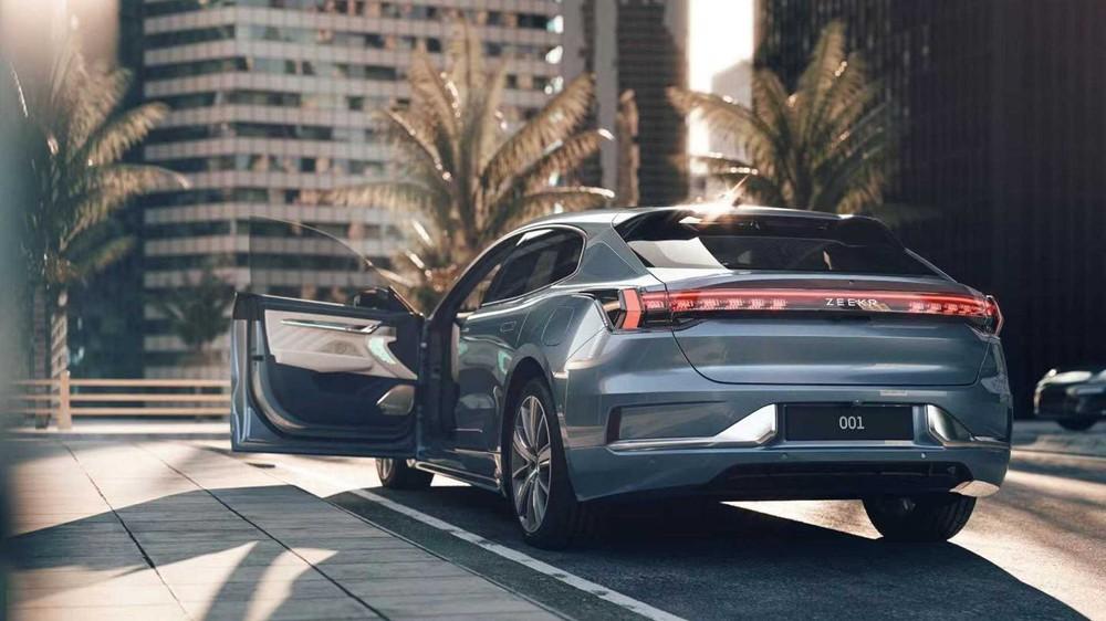 Xe điện Trung Quốc Geely Zeekr 001 giá khoảng 1 tỷ đồng: Công suất như siêu xe, có cho thuê pin, có thể gia nhập thị trường Mỹ - Ảnh 2.