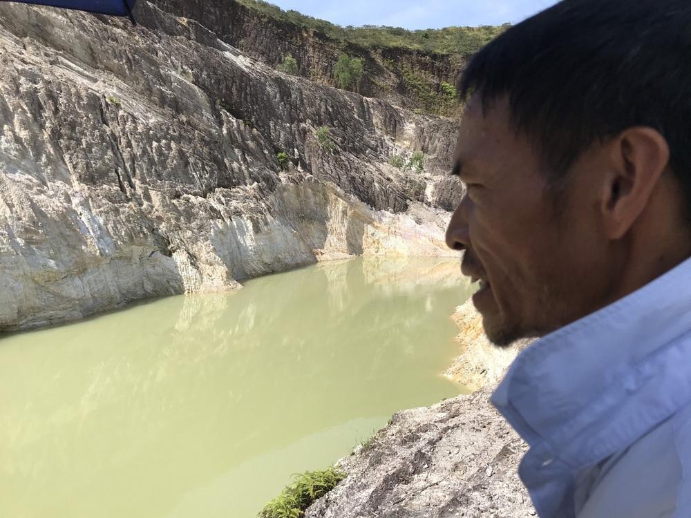 Nghệ An: Nữ sinh lớp 6 tử vong thương tâm dưới hố nước do đất tặc để lại - Ảnh 5.