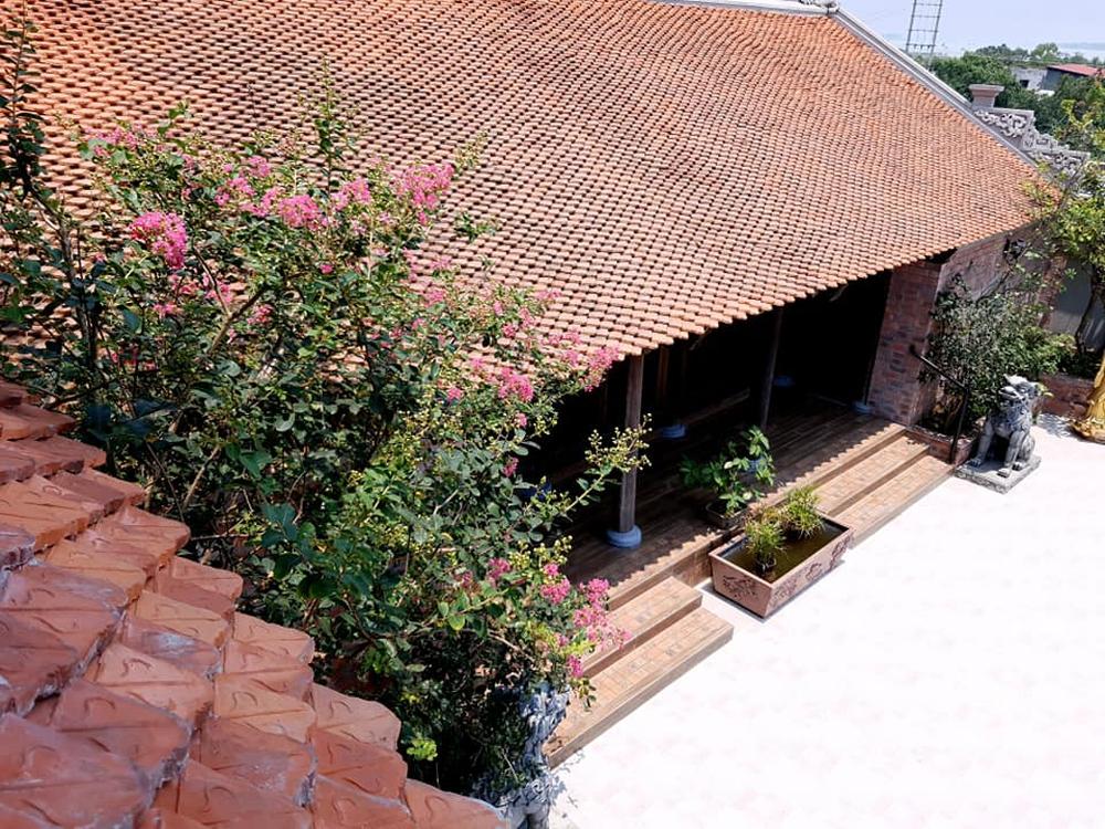 Nguyên một căn nhà cổ trăm tuổi trên tầng mái tạo nên ngôi nhà tân cổ giao duyên độc nhất vô nhị ở Việt Nam - Ảnh 5.
