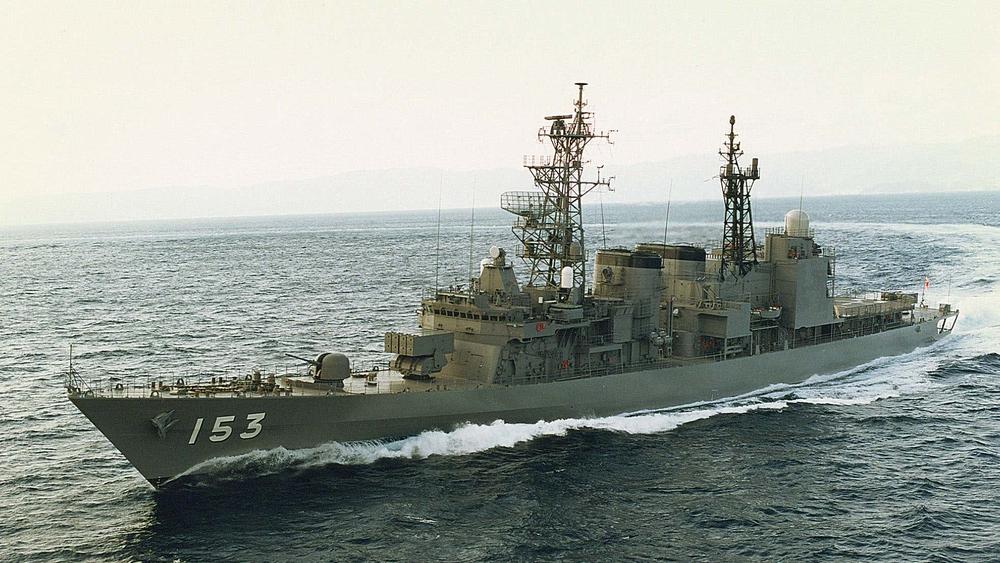 Nã 3.000 viên đạn/phút, tàu chiến Nhật Bản bắn văng máy bay Hải quân Mỹ: Tai nạn thót tim! - Ảnh 1.