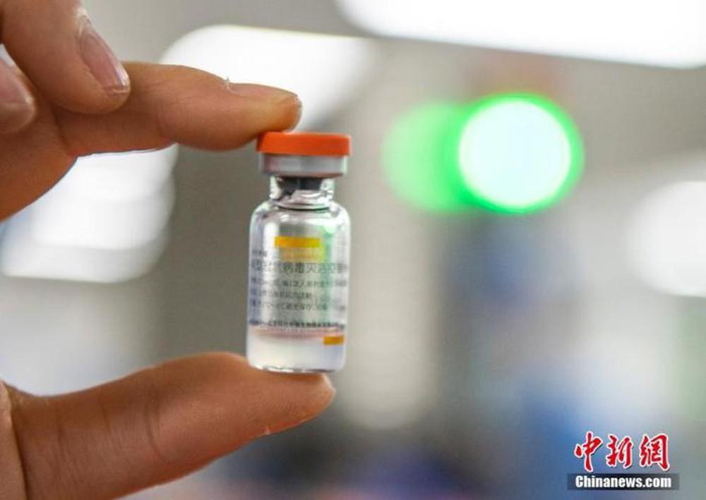 Bí quyết để Trung Quốc tiêm 700 triệu liều vắc xin Covid-19 nhanh như phóng tên lửa, truyền thông Mỹ phải trầm trồ - Ảnh 3.
