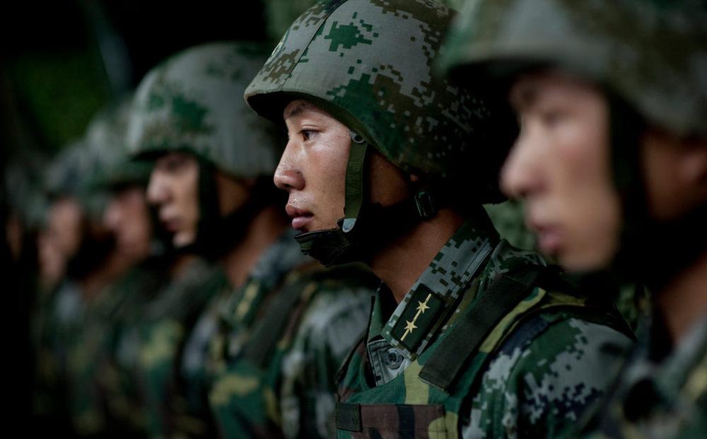 """Quân đội Trung Quốc lộ điểm yếu chí tử: Không khác gì """"đại dịch thời bình""""!"""