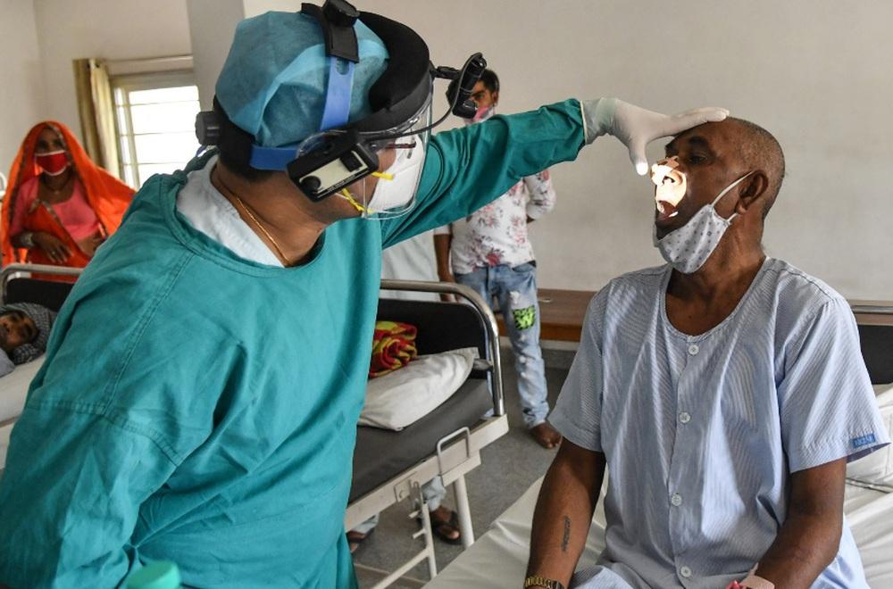 Dịch bệnh chết chóc mới khiến Ấn Độ gục ngã: 60% bệnh nhân phải cắt bỏ một phần khuôn mặt - Ảnh 1.