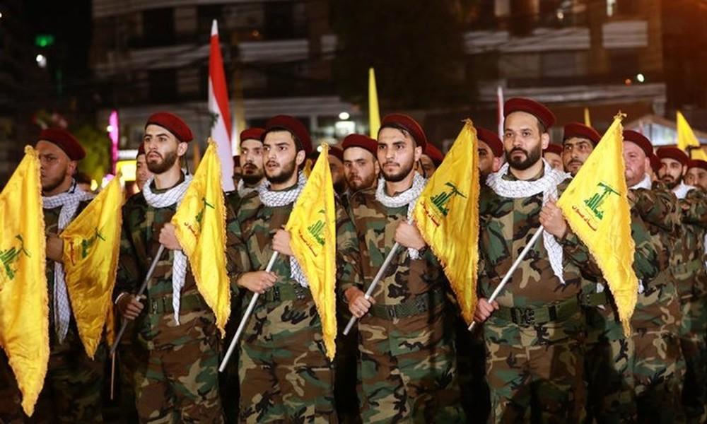 Israel dội mưa tên lửa vào Syria, bí ẩn mục tiêu ngắm bắn - Ảnh 4.